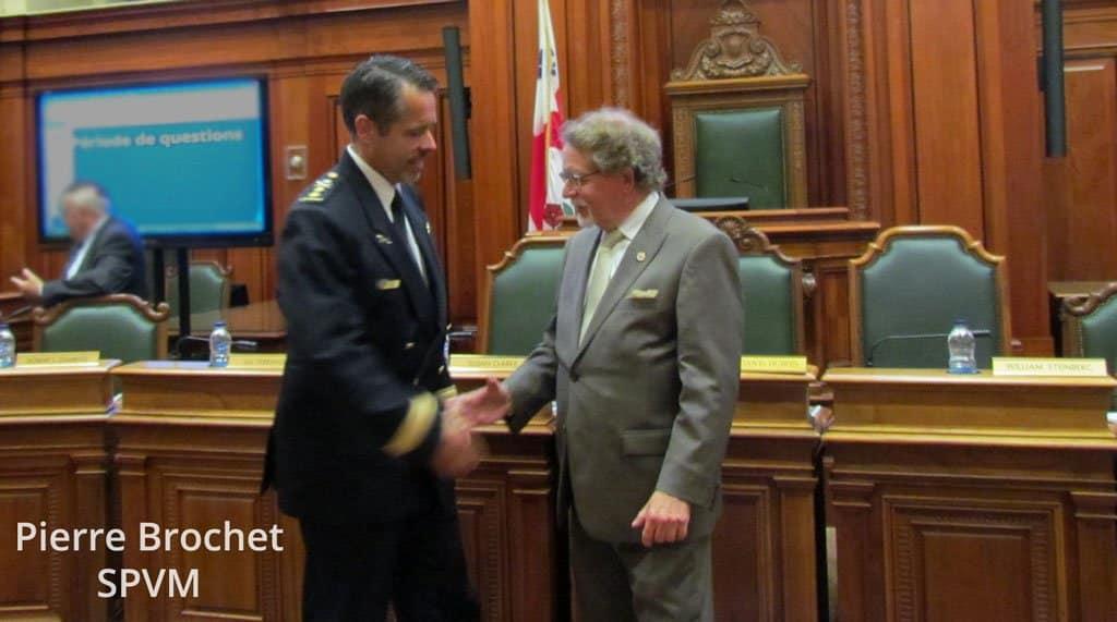 Pierre Brochet de la SPVM avec Bill
